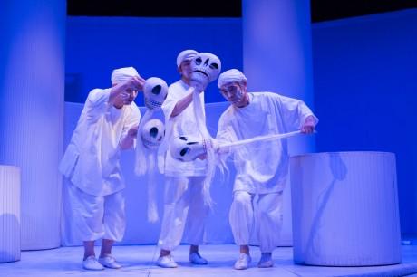 デフ・パペットシアター・ひとみによる人形劇「森と夜と世界の果てへの旅 夢、そして希望~障壁を超えて~」