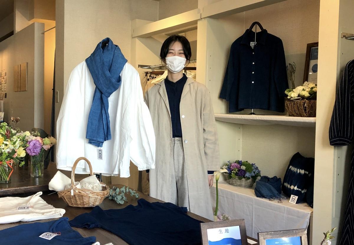 緑道でセレクトショップを開いた蜂須賀咲来さん