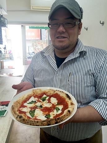 「あいつのピッツァ」店長の中谷大輔さん