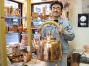 浅草・大正13年創業の銅器専門店 銅一筋40年の職人が語るものづくりへの思い