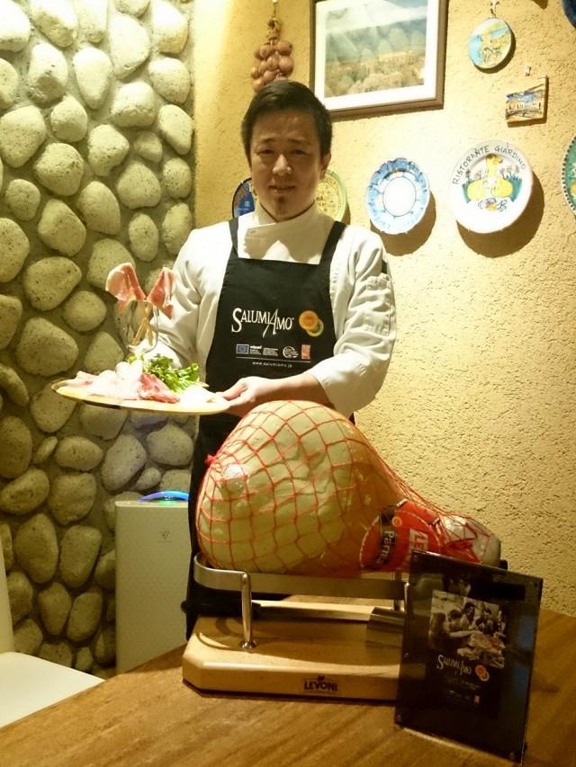 浅草のイタリアンレストランで伊産サラミフェア 生ハム食べ放題も