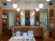 蔵前にホックとボタンのショールーム 小売りにも対応、ギャラリーも併設