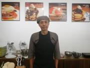 浅草にパンケーキカフェ 老舗喫茶跡に、SNSで口コミ呼び完売日も