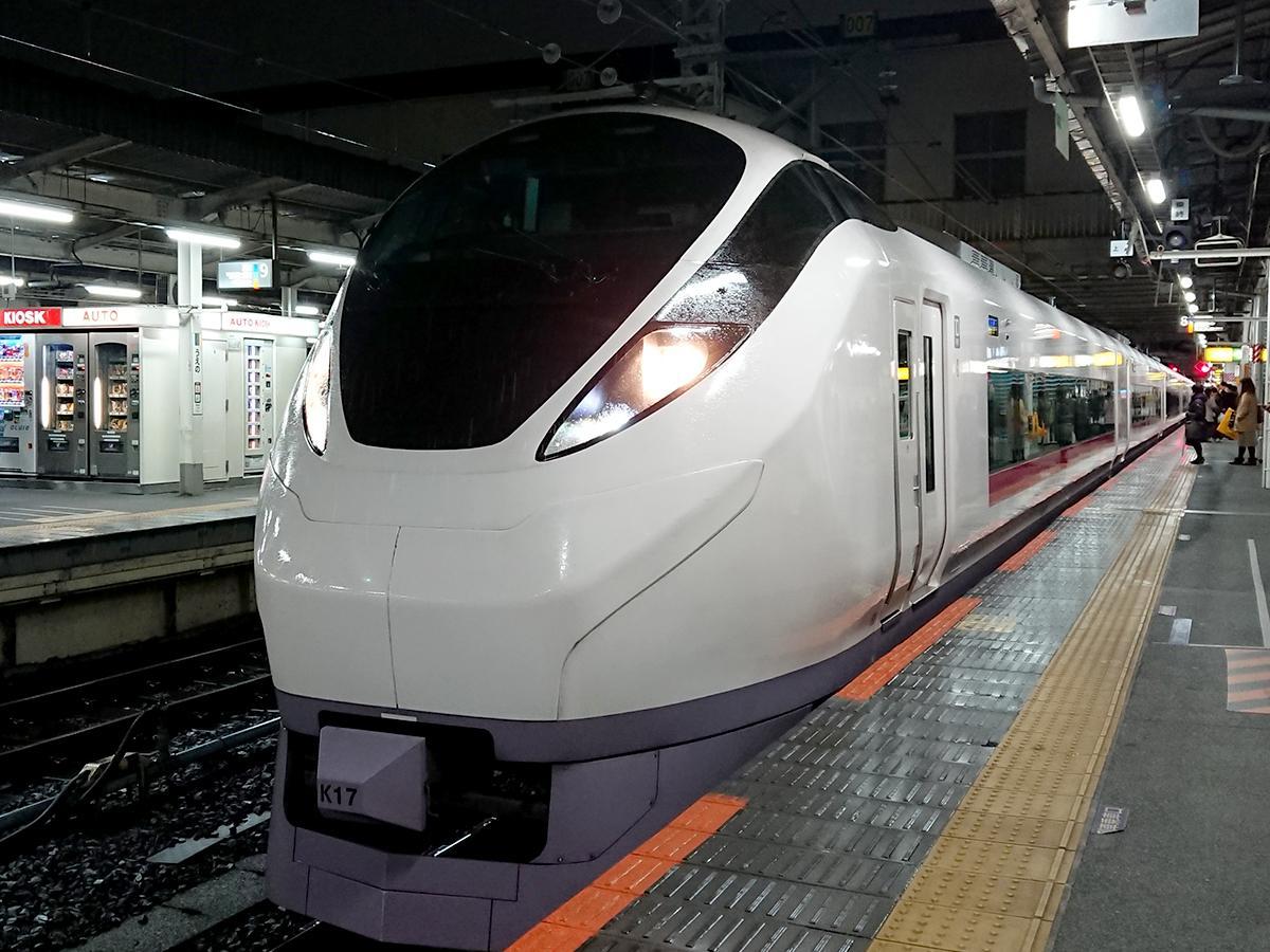 品川駅始発の特急列車は8番線から