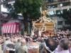 台東で「鳥越祭」開催迫る 都内最重量級のみこしが狭い路地を練り歩く