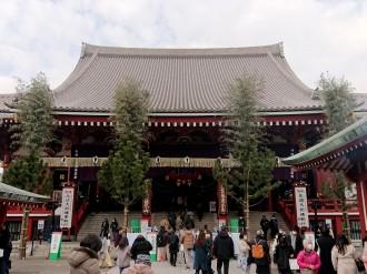 浅草を訪れた3が日の参拝・観光客が大幅減 浅草寺や駅、施設で昨年に比べ