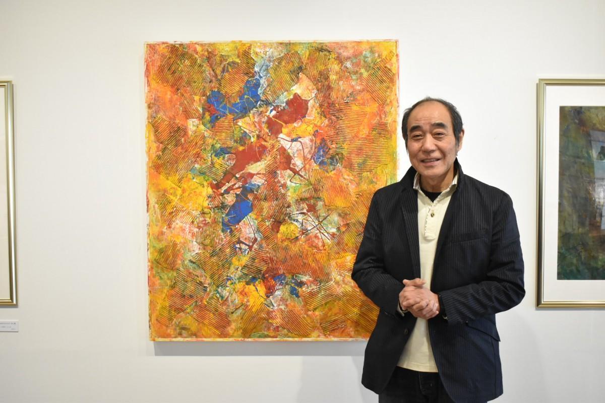 2004年作品「融合」。「今は上手に描くことに全く関心がない」と話す山田さん。