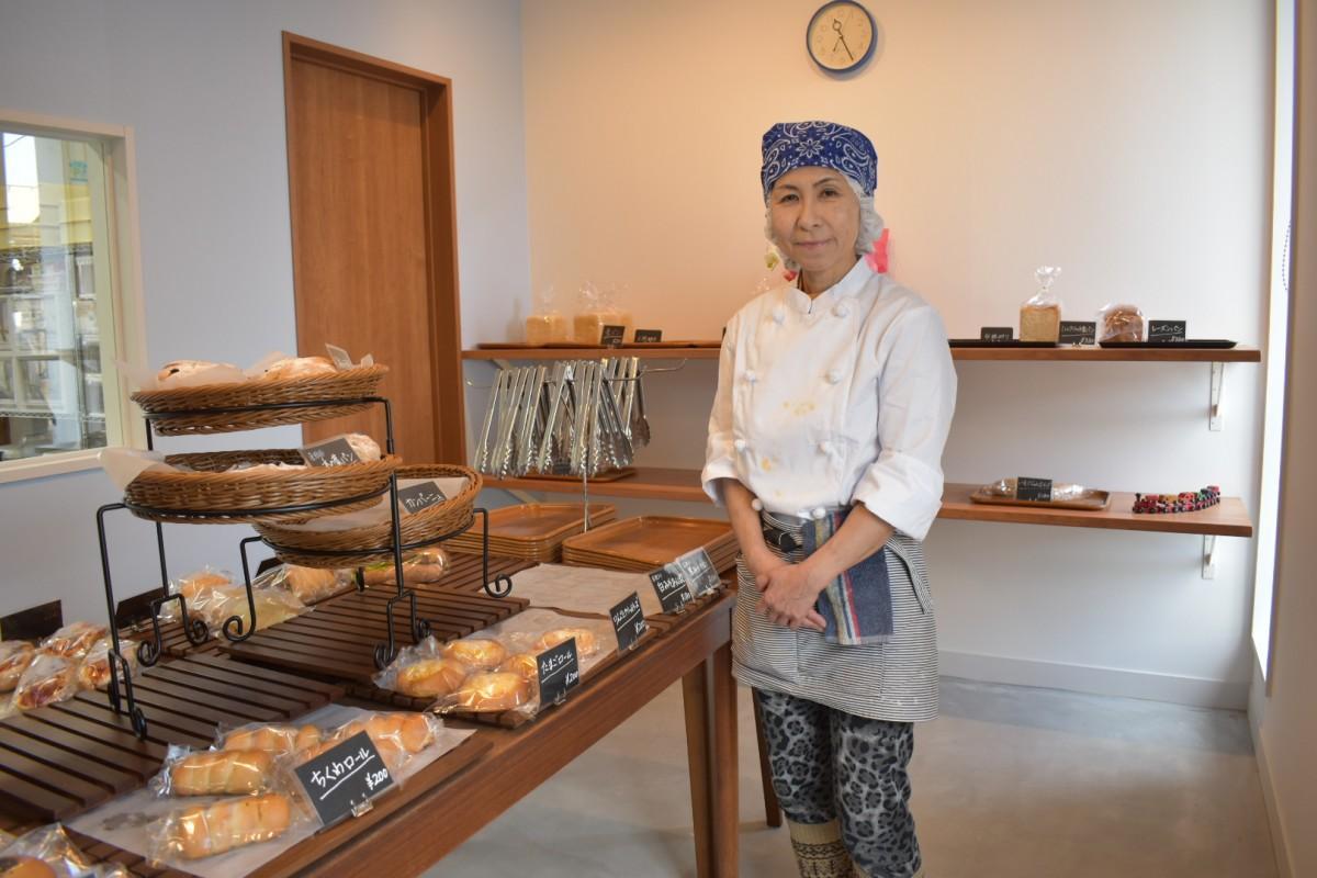 店主の宮崎尚美さん。「いろいろな方が協力してくれて今があります」と振り返る