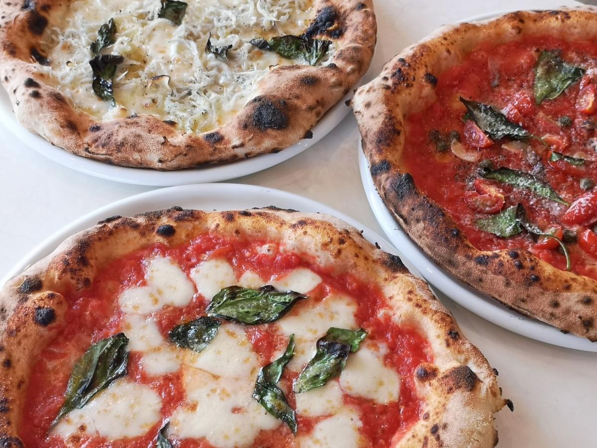 「ピッツェリア ラジュウ」のピザ