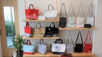 足利に帆布の店「ポレカ」 地元の技術にこだわり一貫製造・販売