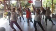 バリ島で高齢者体育の日 成人病予防のための無料健康診断も