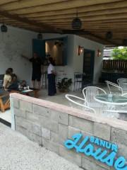 バリ島のプチホテル「Sanur House」にカフェ 宿泊客の要望に応え新設