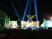 バリ島でポップミュージシャンらがチャリティーコンサート