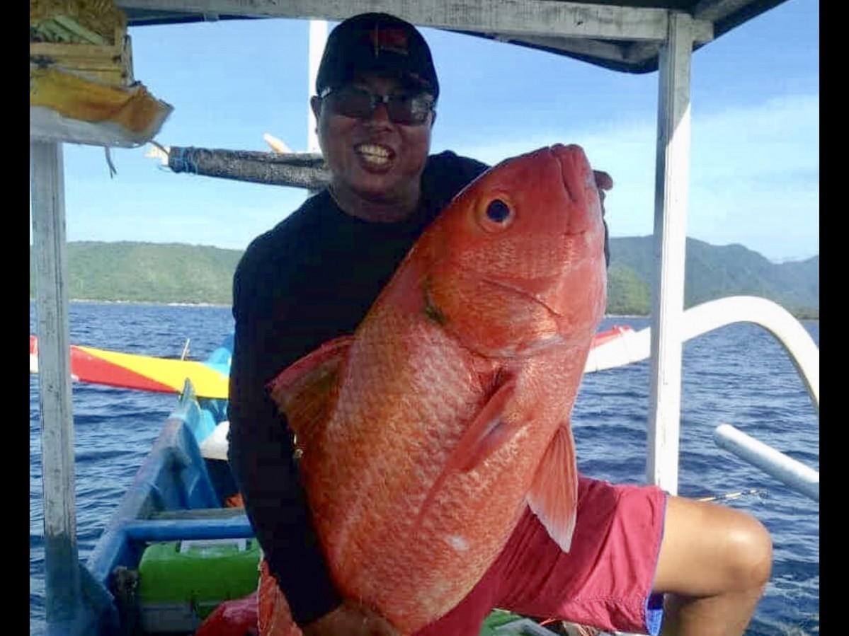「Warung Be Pasih」漁師の店主