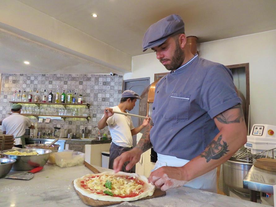 L'osteria  pizza&cucina ピザ職人