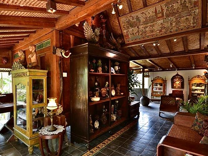 Syailendra kitchen(シャイレンドラ キッチン)店内