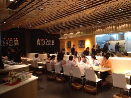 東京純豆腐セントラルプラザ・チェンワッタナ店の店内