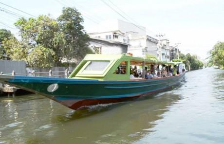 パーシーチャルン運河水上交通プロジェクト
