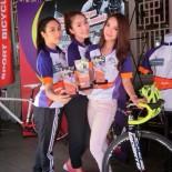 バンコク市内でチャリティー自転車レース-王女生誕60年記念で
