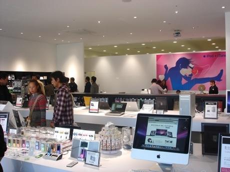 関西で初となる「Apple Premium Reseller」としての認可を受けた「キットカット」店内の様子
