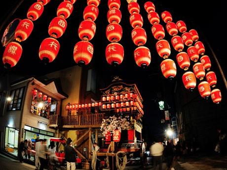 湖国三大祭の一つ「大津祭」宵宮の様子