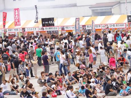 4万人が来場した「牛肉サミット2011」(写真=昨年の様子)