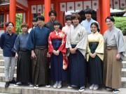 「ちはやふる」広瀬すずさん、続編撮影の近江神宮でヒット願う