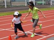 守山で小学生向けスポーツキャンプ 有森裕子さんらトップアスリートが指導