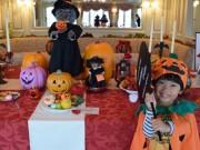 琵琶湖遊覧船「ミシガン」がハロウィーン仕様に 仮装でプレゼントも