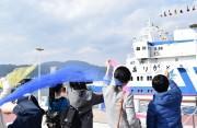 大津港で初代「うみのこ」引退式 53万人の思い出乗せて最後の出航