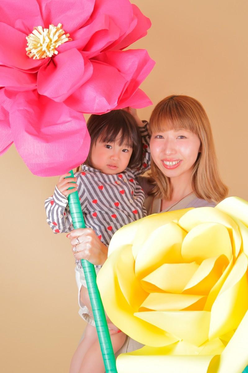 大津市女性起業家経営スクール生2人による「ビッグフラワー撮影会」