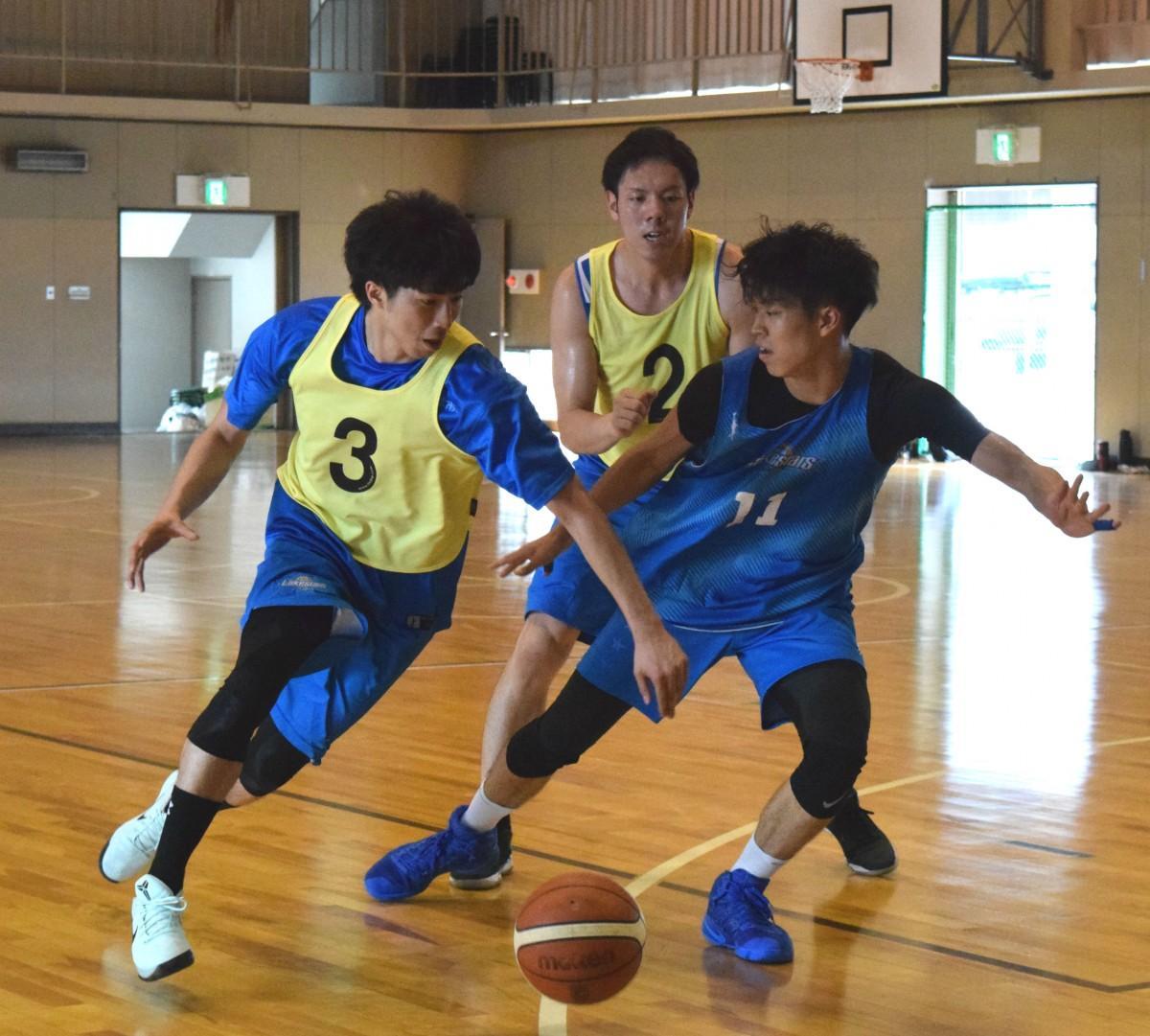 ウィリアム・ジョーンズカップ日本代表に選出された高橋耕陽選手、佐藤卓磨選手