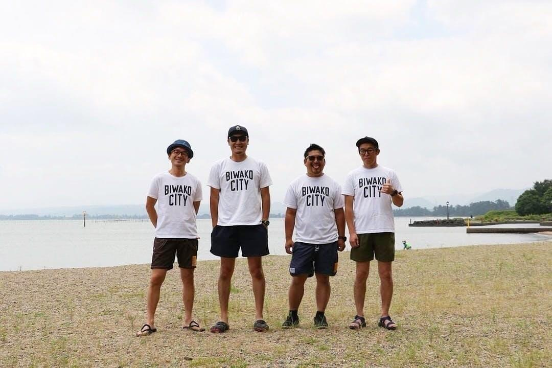 クラウドファンディング返礼品の「BIWAKO CITY」Tシャツ