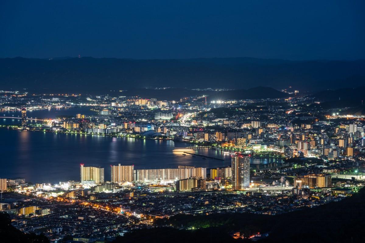 比叡山から望む夜景(琵琶湖側)