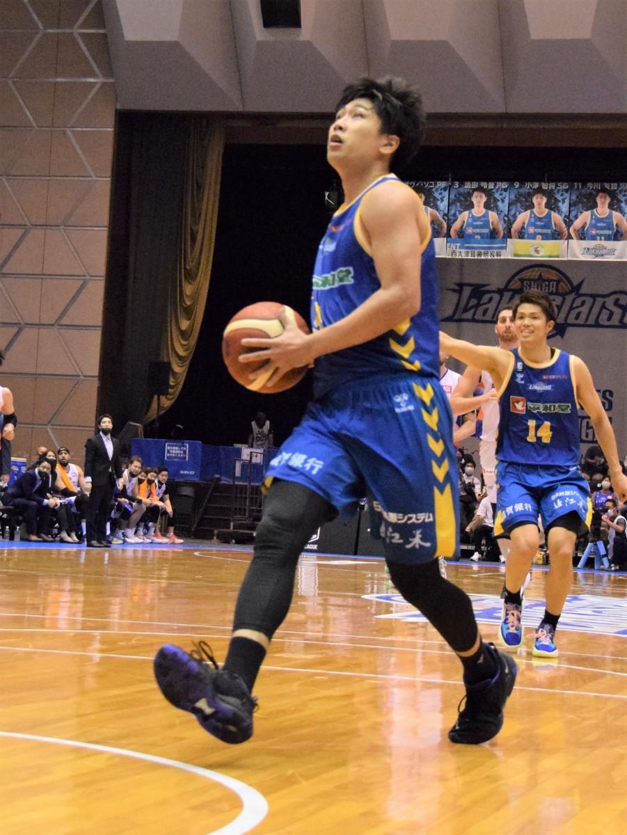 ディフェンス、オフェンスともにチームの勝利に貢献した小澤智将選手