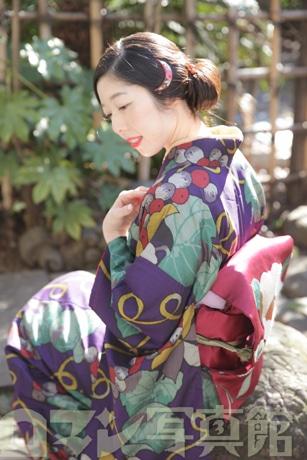 まるで竹久夢二の美人画モデルのような完成写真