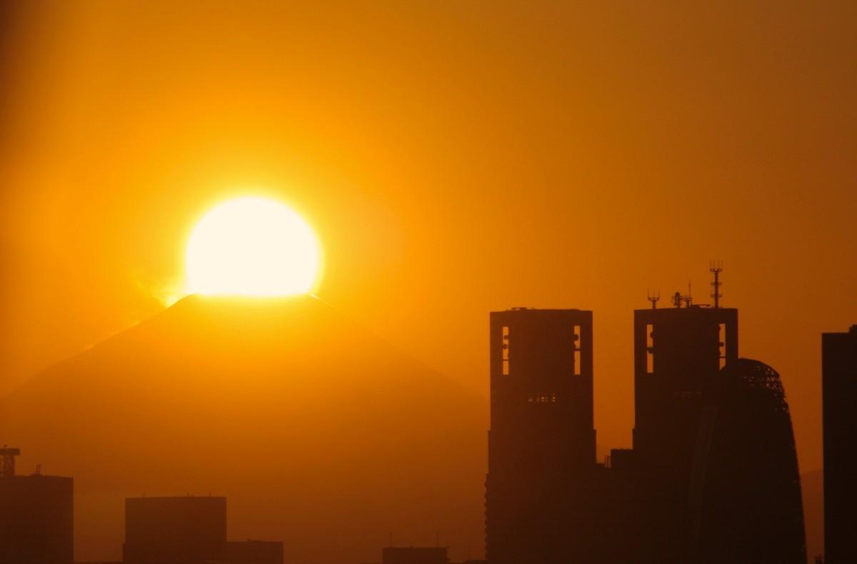 文京シビックセンター25階の展望ラウンジ西側から(2019年2月2日17時ごろ撮影)
