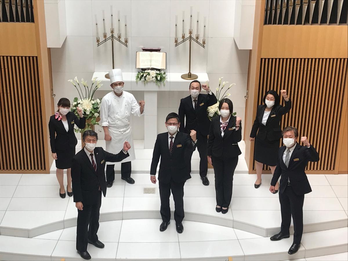 東京ガーデンパレス「ホテルメイドデリバリー」のスタッフ