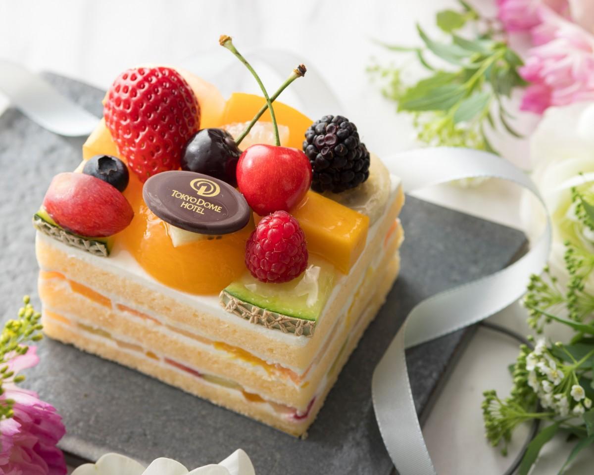 開業記念スペシャルケーキ「20 Fruits(ヴァン・フリュイ)」