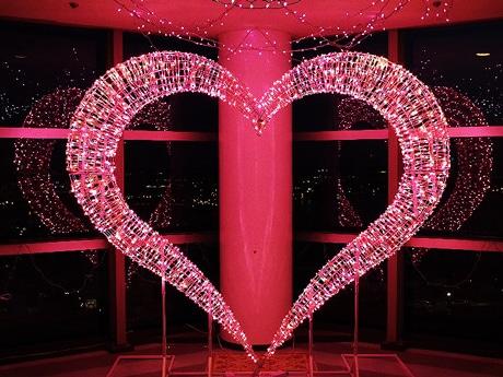 恋人の聖地「千葉ポートタワー」がバレンタイン仕様に ハート型イルミ点灯も