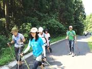 千葉でノルディックウオーキング 日本一の人工海浜目指し歩く