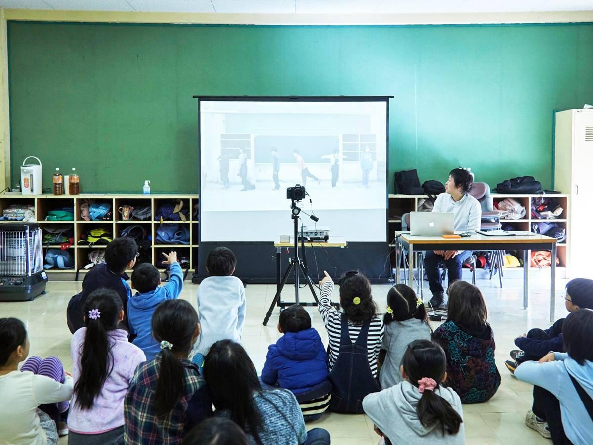授業を受ける子どもたち(過去開催の様子)