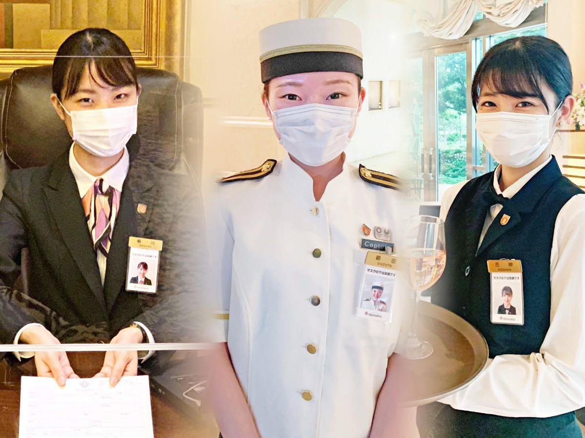 名札に笑顔の写真を付けた従業員