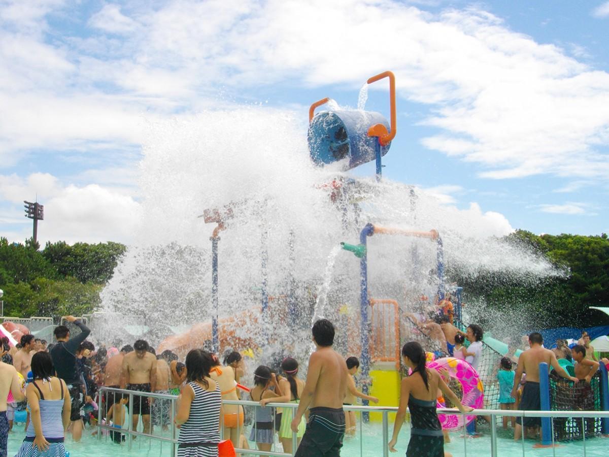 ちびっこ水遊びプール(過去開催の様子)