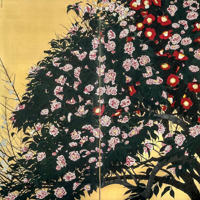 「椿図屏風」千葉市美術館蔵 ©2021 Hiroshi Niiyama