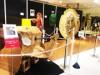 千葉パルコで「ゴールデンボンバー ダンボール工作展」 2メートル超の作品も
