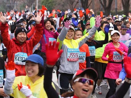 ©東京マラソン財団 東京マラソン2011の様子
