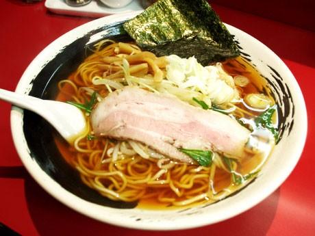 柴崎に開店した無添加ラーメン店「柴崎亭」。醤油ラーメン(さっぱり)麺大盛り(180グラム)