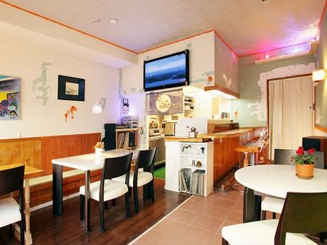 西調布と飛田給の間にオープンした「レンタルルーム」。調理も可能