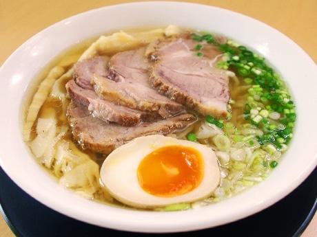 「麺処 絢(けん)」の塩チャーシューメン(850円)